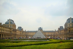 Glaspyramide-Paris
