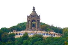 Porta-Denkmal01